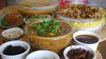 Private Mumbai Home Cooking Lesson with Grand Road Market Visit and Lunch, Mumbai