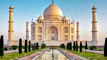 Sunrise Taj Mahal Day Trip From Delhi in WiFi Enabled Car, New Delhi, Day Trips