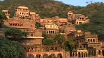 Private Day Trip to Neemrana Fort and Bal Quila Including Lunch, New Delhi, Private Day Trips