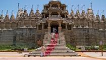 Full-Day Kumbhalgarh Fort and Jain Temple from Udaipur to Jodhpur, Udaipur