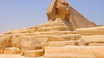 Private Tour: Cairo, Giza Pyramids, Sphinx, and Hanging Church from Hurghada, Hurghada, Half-day...