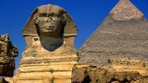 Private 2-Day Transit to Cairo for a Tour of the Pyramids, Sphinx and Egyptian Museum, Cairo, ...