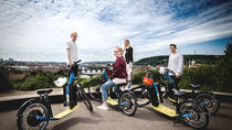 E-Scooter-Tour durch Prag: Große Stadtbesichtigung, Prague, Vespa, Scooter & Moped Tours