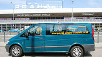 Prague Airport Shared Arrival Transfer And Half-Day City Walking Tour, Praha