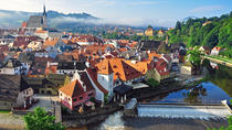 Private Luxury Transfer to Cesky Krumlov from Prague Including Introduction to Cesky Krumlov, ...