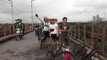 Early cycling for Exercise and breakfast in 2 hours, Hanoi, City Tours