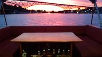 Private Sunset Cruise on Lake Union, Seattle, Air Tours
