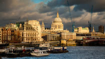 Private Photography Tour: Southwark Cathedral to St Paul's, London, Sunset Cruises