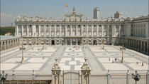 Private Madrid Walking Tour: Famous Royal Palace, Madrid, Private Sightseeing Tours