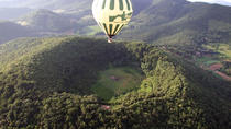 Hot Air Balloon Flight and Breakfast over the Volcanoes of Catalonia, Girona, Balloon Rides