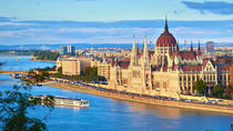 Private tour of Budapest with a Private Transfer and Guide from Vienna, Vienna, Day Trips