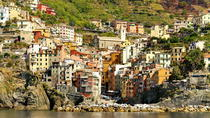 Cinqueterre minivan and boat with a sweet surprise, Livorno, Bus & Minivan Tours