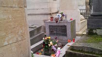 Paris 2-Hour Small Group Tour of Pere Lachaise Cemetery
