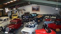 90-Minute Napier Vintage Car Tour and Hooters Showroom Visit