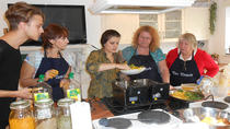 Cooking Demo and Lunch with Local Family, Kolkata, Cultural Tours