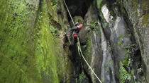 Cañón del Tesoro Canyoning Adventure, Cuernavaca, Climbing