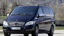 Prague Airport: Luxury Van Private Arrival Transfer, Prag