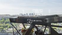 Viator Exclusive: Eiffel Tower Visit with Picnic-Style Lunch, Champagne and Trocadero View Seating, ...