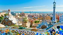 Barcelona Small Group Tour with Skip-The-Line Park Güell and Sagrada Familia
