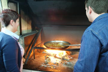 Sightseeing Tour and Paella Cooking Class