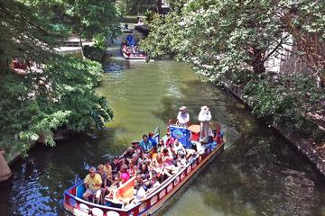 Day Trip San Antonio River Walk Cruise, Hop-On Hop-Off Tour and Tower of the Americas Package near San Antonio, Texas