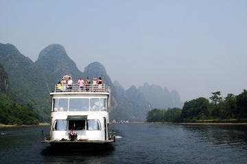 Flussfahrt auf dem Li und Yangshuo– Tagestour ab Guilin