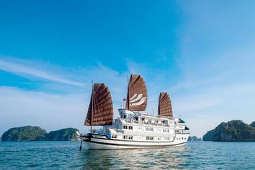 2-tägige Tour durch die Halong-Bucht mit optionalem Transfer von und...