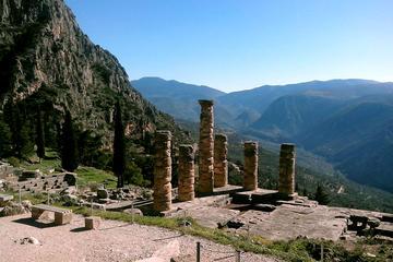 Delphi & Meteora 2-Day private tour