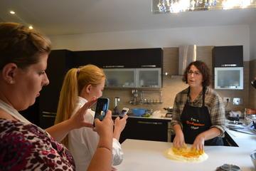 Pasta 101 - Lernen Sie, hausgemachte Pasta oder Pizza mit einem Koch...
