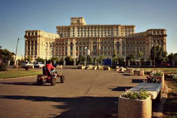 Balade privée dans la ville communiste de Bucarest