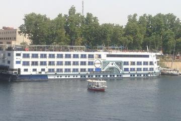 3 Nights 4 Days Nile Cruise Aswan to Luxor