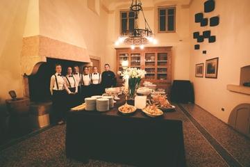 Small-Group Cooking Class and Villa Mosconi Bertani Estate Visit