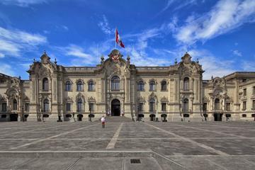 Descubra el centro de Lima en bicicleta