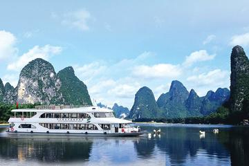 Private Day Tour: Li River Cruise and Yangshuo