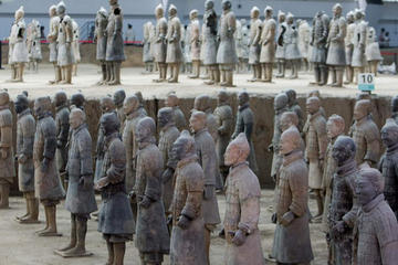 Small Group Tour: Terracotta Warriors and Hanyangling Mausoleum from Xi'an