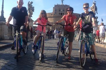 Excursão de bicicleta guiada no centro de Roma