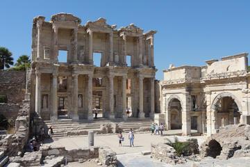 Excursão terrestre privada em Kusadasi: Excursão de Éfeso