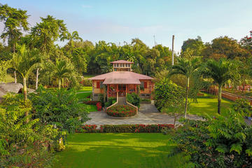 Day Trip to Hacienda La Danesa with a Three Course Lunch and Activities