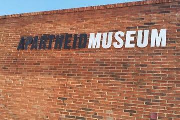 Visite au musée de l'apartheid au départ de Johannesburg
