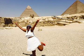Excursión privada de un día personalizable por Gizeh, Saqqara y...