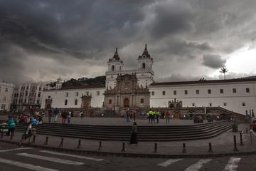 Private Quito City Tour and Middle of...