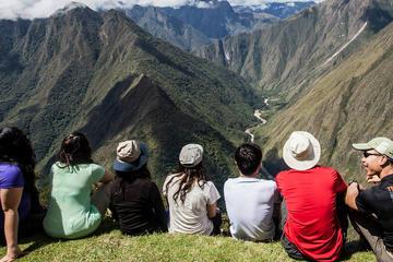 Excursão de 9 dias pelo caminho Inca saindo de Lima, incluindo o Vale...