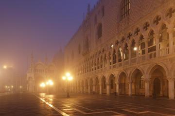 Excursão particular: Excursão de fantasmas e mistérios de Veneza