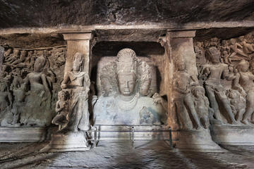 Sightseeing tour with Elephanta cave tour
