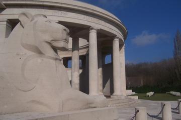Tour privato di un giorno del campo di battaglia canadese di Somme