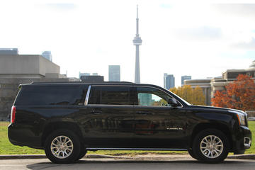 Private Niagara Falls Tour in a SUV