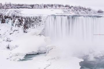 Speciale Inverno: tour delle cascate del Niagara da Toronto