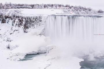 Winterangebot: Ausflug zu den Niagarafällen ab Toronto