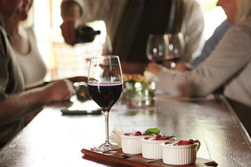 New Flavors of Healdsburg Food and Wine Walking Tour
