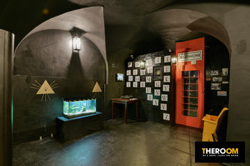 THEROOM Old World: Mind Escape Adventure Game in Prague